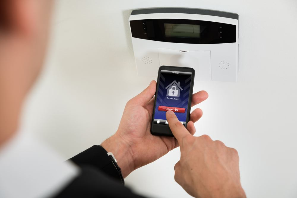 What to look for in a smart home security system for Look security systems